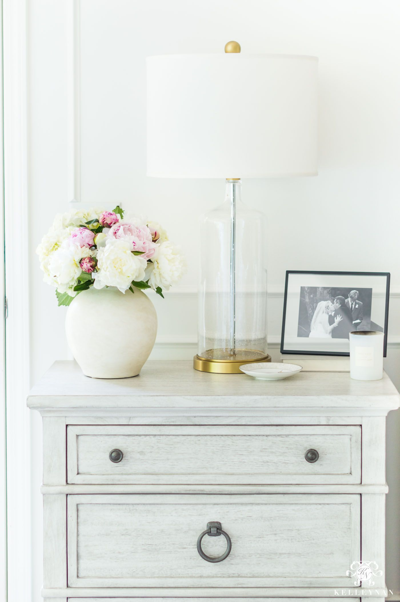 Pink Bedside Table: Six Blush Pink Bedroom Tips That Aren't Too Girly