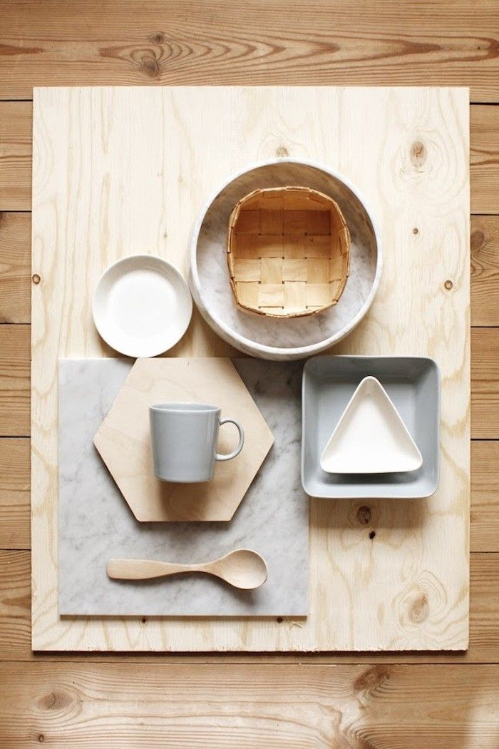 The Mini Serving Set (see Shades of Gray: The New Finnish Basics) consists of a triangle, square, and circle