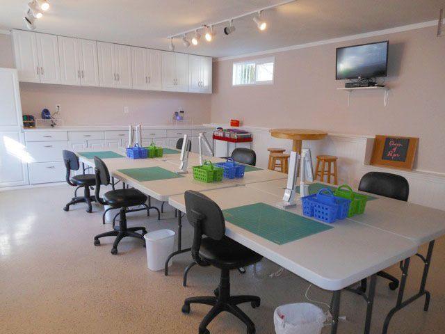 Great Big Bear Craft Cottage Craft Room Details: 6 Tables (5u0027 Long) 6