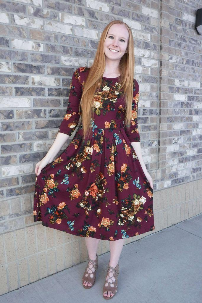 161ade6f71e3 Midi maroon dress