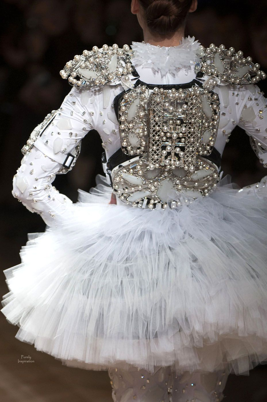 On Aura Tout Vu Couture | Purely Inspiration