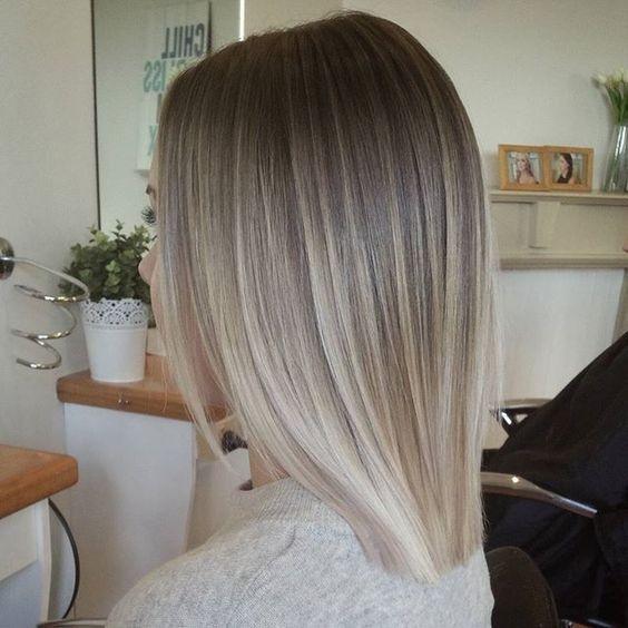 Blunt, Hétéro Styles Lob Cheveux , Ash Blonde Balayage Ombre Hairstyle