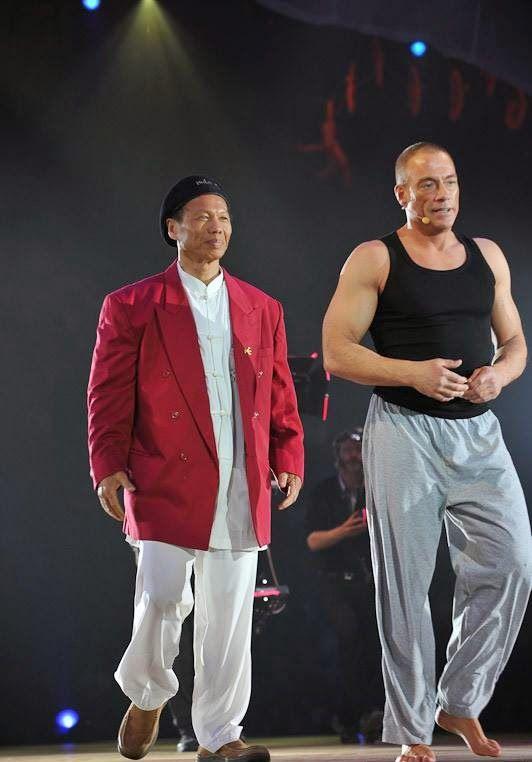 Bolo Yeung and Jean-Claude van Damme (2).jpg (JPEG kép, 532×762 képpont) - Átméretezett (83%)