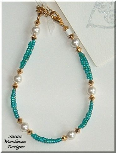 Hand strung seed bead bracelet Pearl bracelet Beads and Jewelry ideas