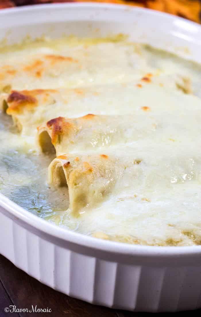 Einfache Enchiladas Suizas sind cremige, käsige, würzige weiße Hühner-Enchiladas, die mit ... - #Cremige #die #Einfache #ENCHILADAS #HühnerEnchiladas #käsige #mit #sind #Suizas #Weiße #würzige #todieforchickenenchiladas Einfache Enchiladas Suizas sind cremige, käsige, würzige weiße Hühner-Enchiladas, die mit ... - #Cremige #die #Einfache #ENCHILADAS #HühnerEnchiladas #käsige #mit #sind #Suizas #Weiße #würzige #todieforchickenenchiladas