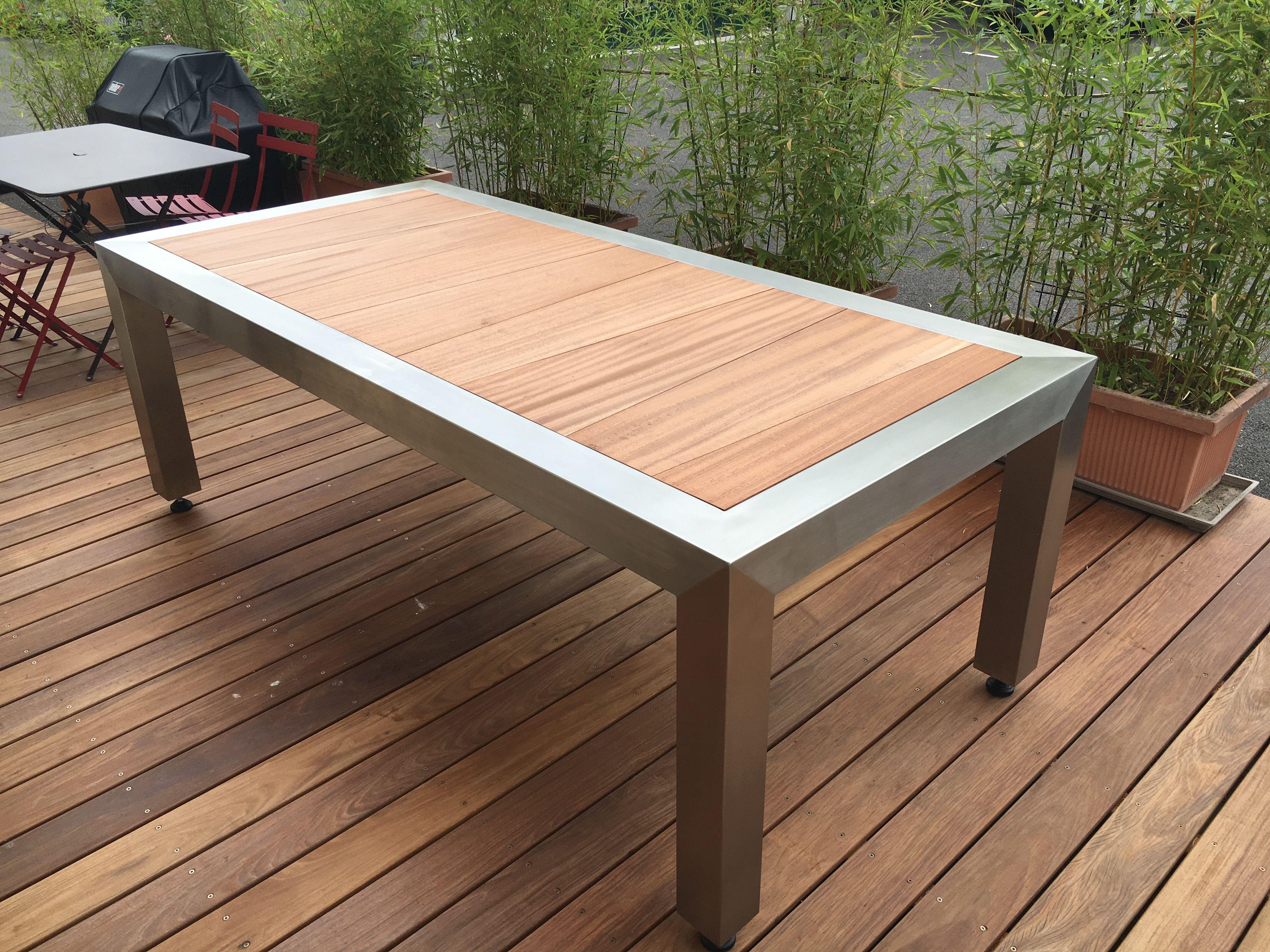 table inox et bois du bresil prix 3200