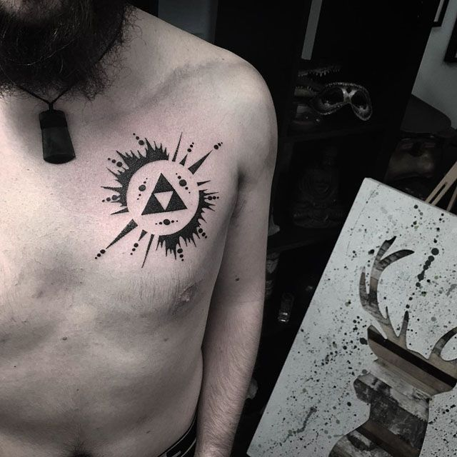 man chest tattoo blackwork tattoo pinterest brust. Black Bedroom Furniture Sets. Home Design Ideas