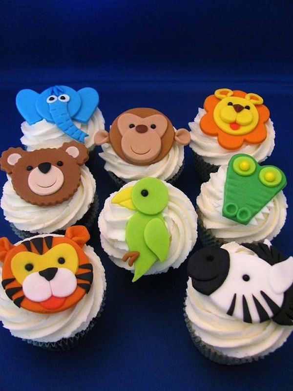 elephant parrot animal jungle theme cakes cupcakes mumbai 6 on jungle birthday cake design