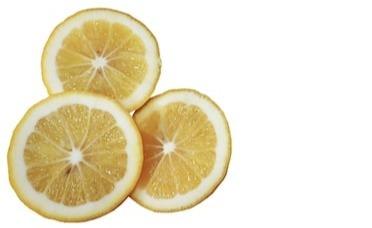 10 huismiddeltjes waarmee je je wasgoed spierwit krijgt