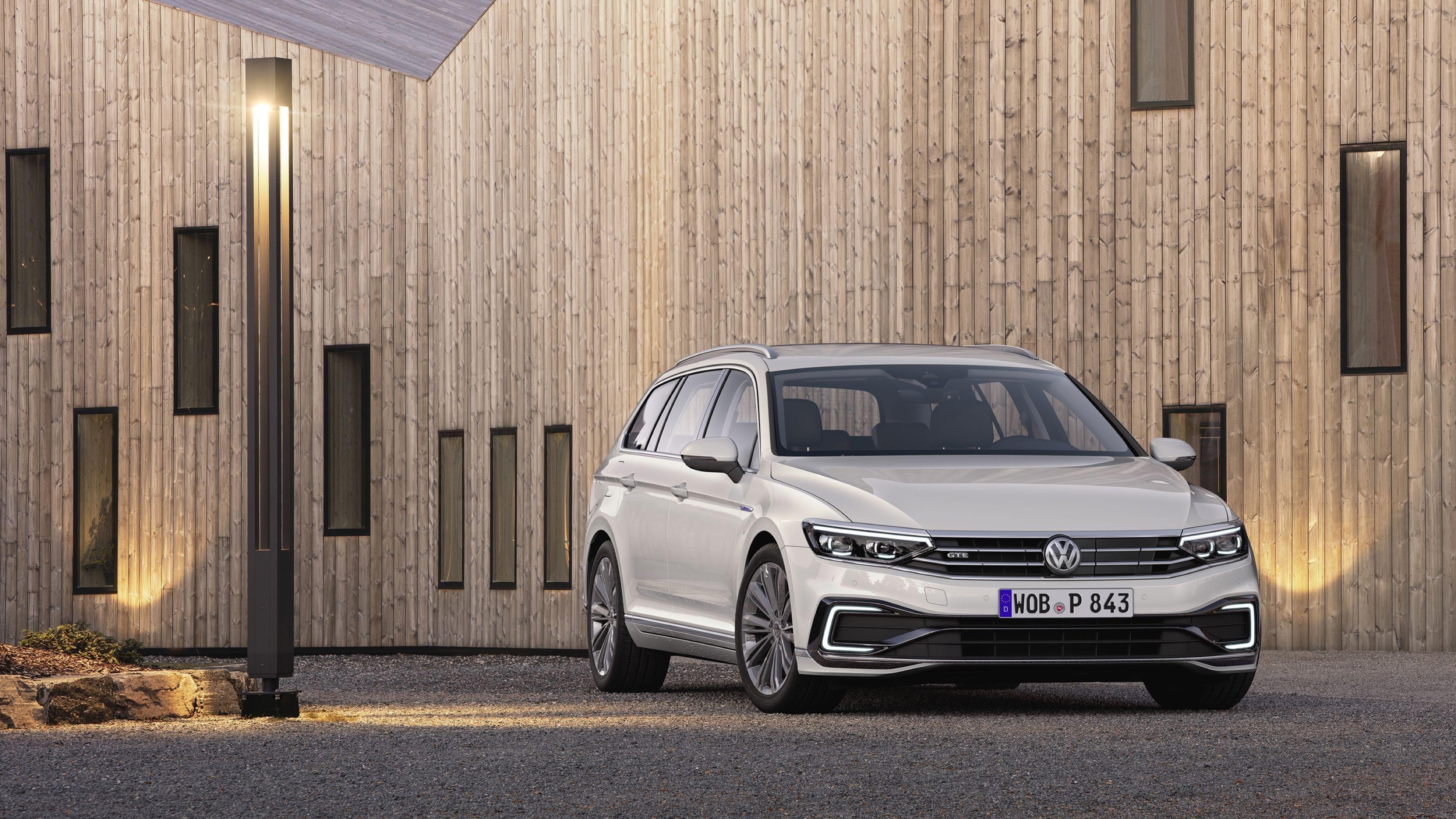 New 2020 Volkswagen Tiguan Gte Spesification Volkswagen Upcoming Cars Volkswagen Passat