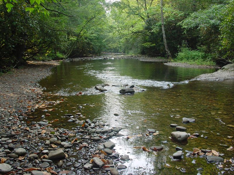 The peaceful, meandering Tallulah River at the Tallulah