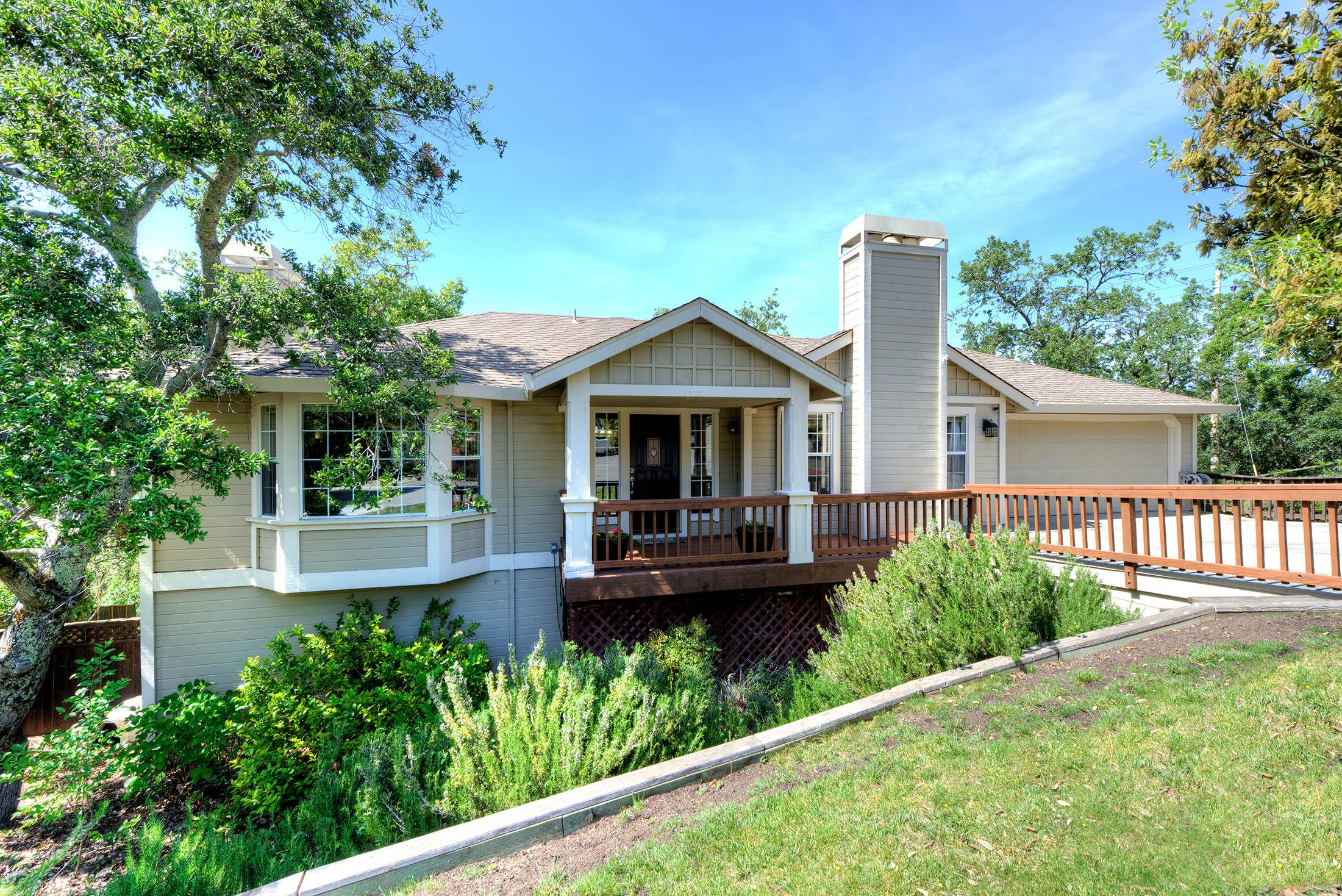 Just listed: 212 Judith Ct., Southern Novato Ignacio Valley Offered at $1,199,000 Open House: Wednesday, 4/20  10 am – 1 pm Sunday, 4/24 1 pm – 4 pm Features: 4 Bedrooms, 3.5 Baths 2,855 +/- square feet Built 1988 On quiet cul-de-sac Updated kitchen with granite and stainless fridge and dishwasher Central Air Conditioning #novato #novatoca #novatorealestate #novatohomes #marincounty #marinrealestate