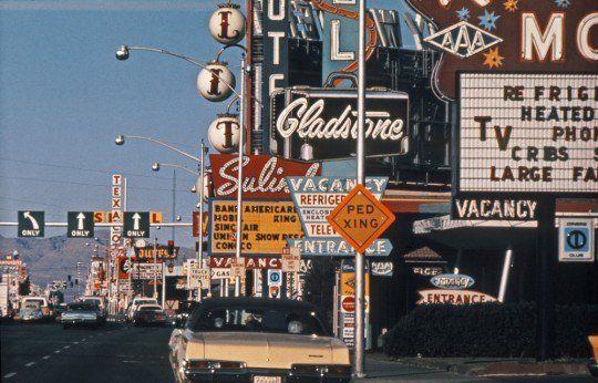 Ecclipsis On Twitter Aesthetic Vintage Aesthetic Wallpapers Retro Aesthetic