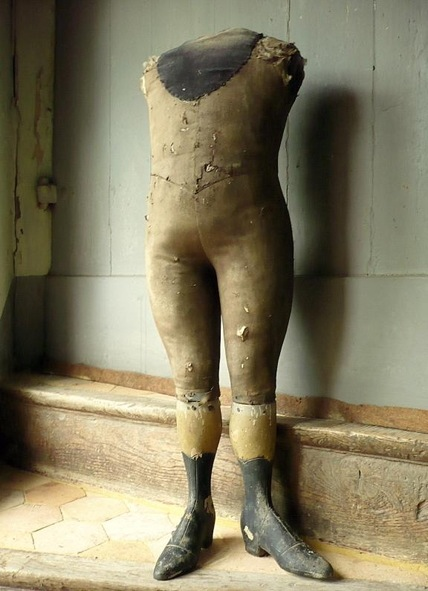 manchitecture:    Not 100% sure what this is from, but it's nicely worn and would look cool in hunting cabin.