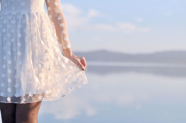 White dress @vivianamori1