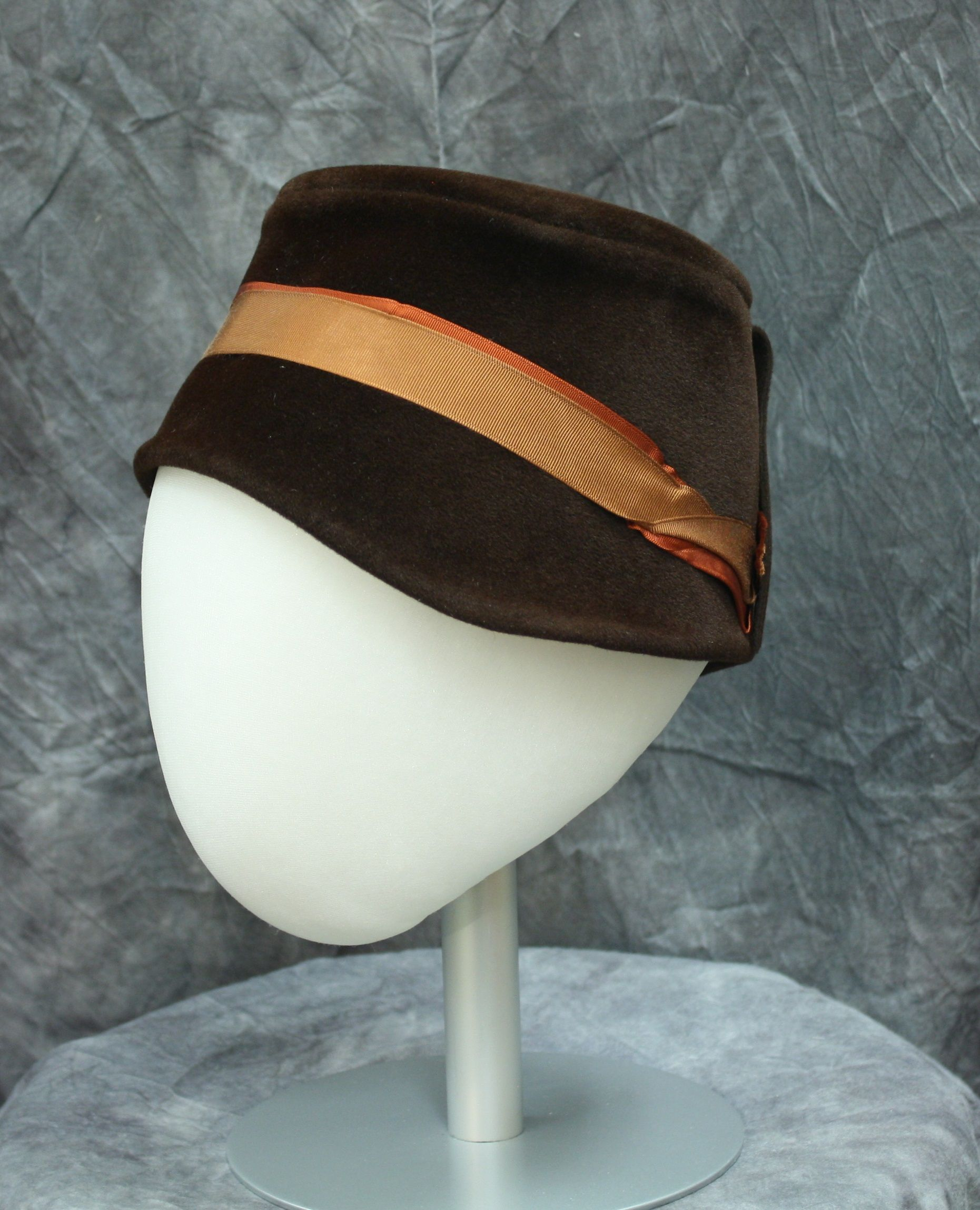 Cloche style hat of brown piled felt by Kohinoor/ Made in Austria, c.1925.