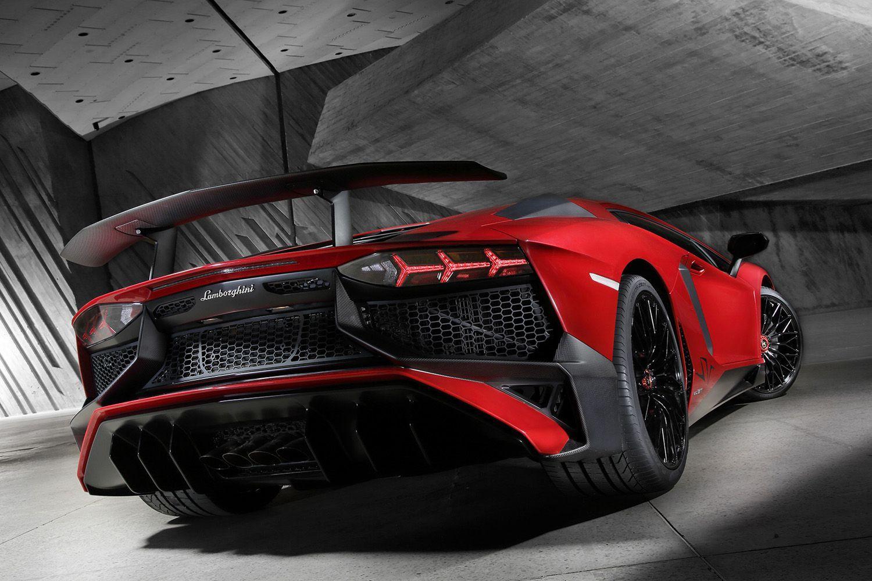 Super Gallery 40 Shots Of The Lamborghini Aventador Sv Lamborghini Aventador Lamborghini Super Cars