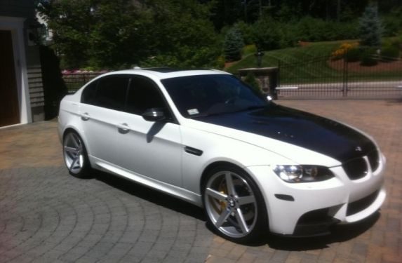 BMW E90 M3 with Big Wheels, Big Brakes, and some Tude | VR