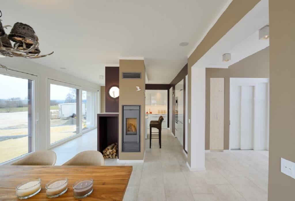 Esszimmer Modern Mit Kamin Und Holztisch   Inneneinrichtung Interior Design  Locarno Sonderplanung Kampa Haus Fertighaus Ideen