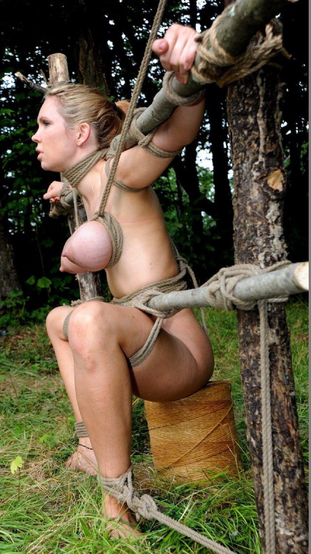 Thailandske damer slave slut