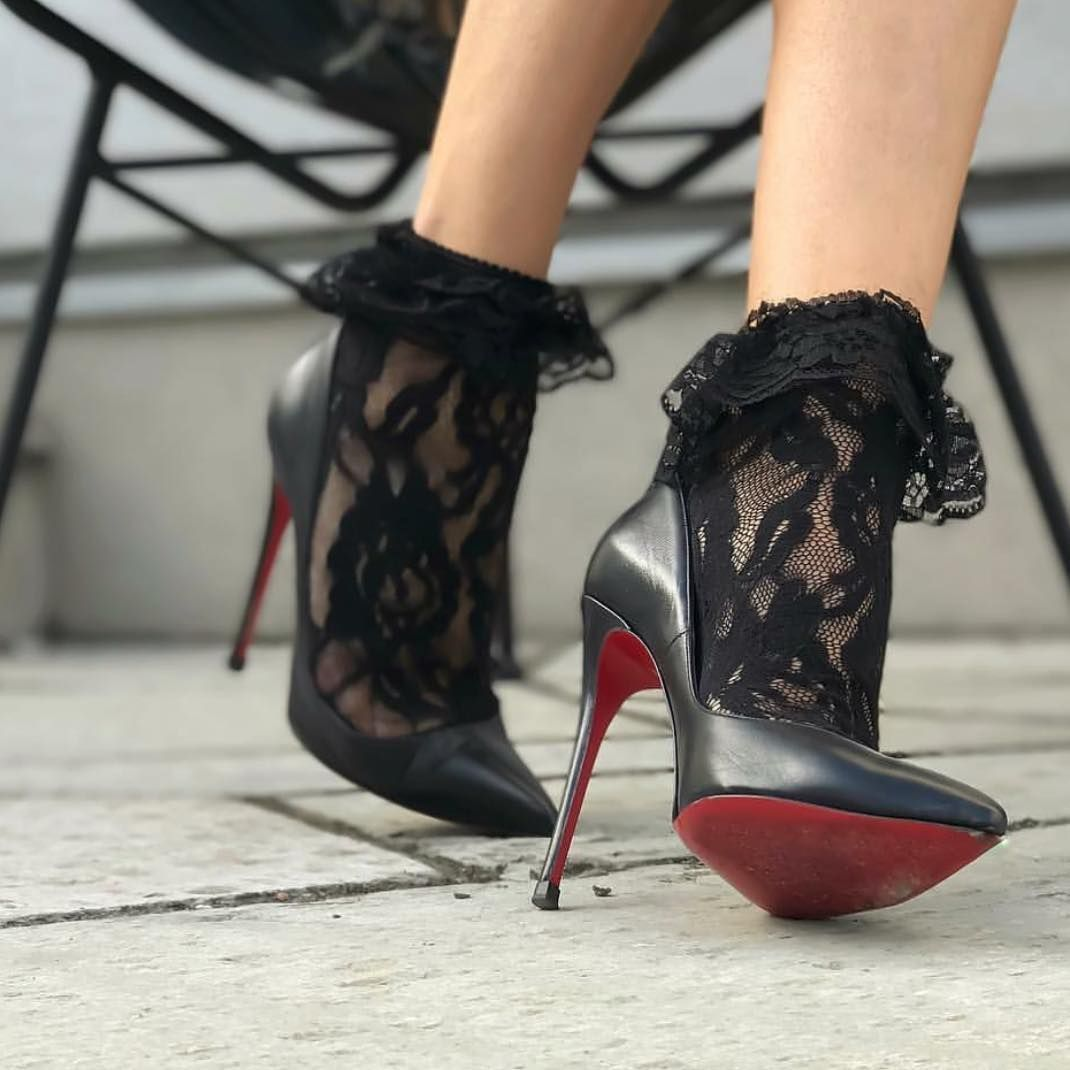 louboutin shoes boots