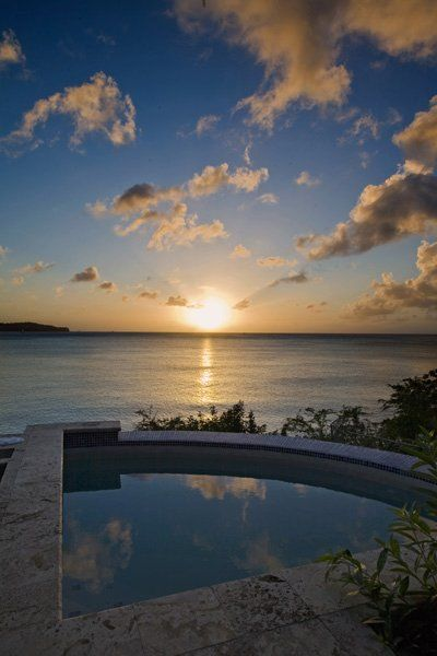 http://www.simplystluciaholidays.co.uk/boutique-hotels/calabash-cove-resort.php