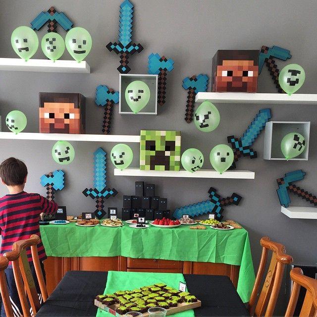 anniversaire minecraft anniversaires f tes et bricolage pour enfant. Black Bedroom Furniture Sets. Home Design Ideas