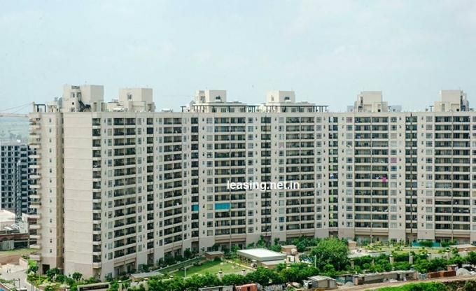 Pin By Aakash Narang On Luxury Apartment On Rent Park Resorts Luxury Apartments Apartment Projects