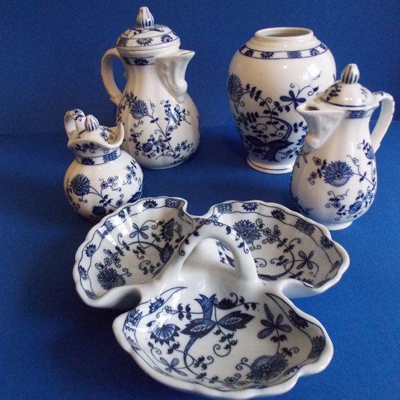 Beautiful 5 piece Seymour Mann Blue Onion by ThroughPlacesandTime
