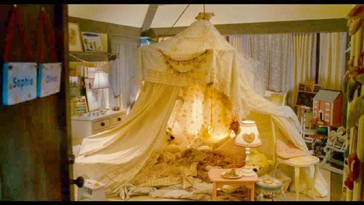 the holiday tent room little girls - Google Search
