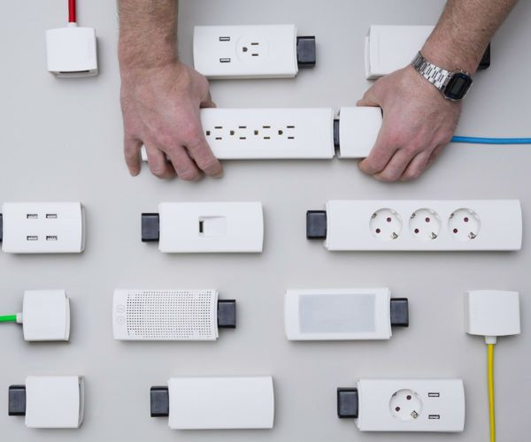 YOUMO - Your Smart Modular Power Strip » Review