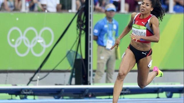 Mujinga Kambundji file en demi-finales du 200 m