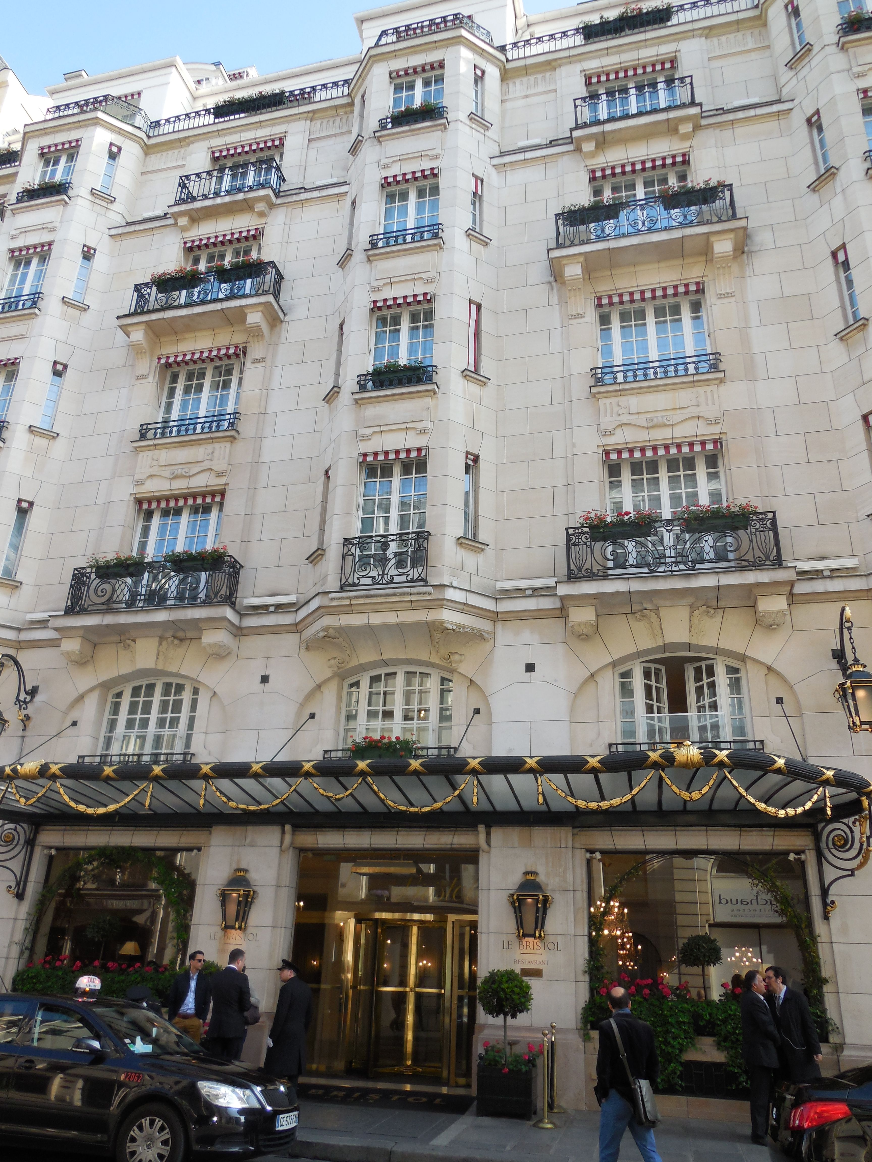 Le Bristol Paris France Palace Hotel Full Of Elegant