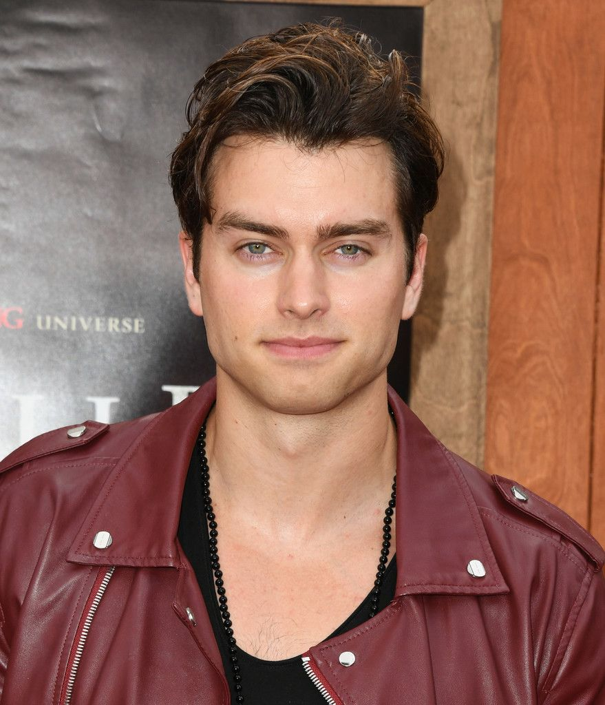 Pierson Fode Photos Photos: Premiere Of Warner Bros' 'Annabelle Comes Home' - Arrivals
