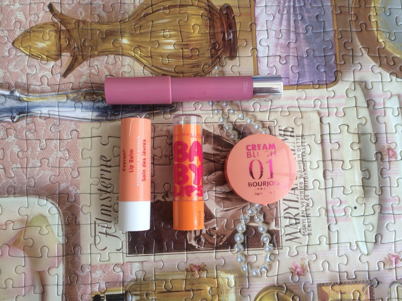 תיק עזרה ראשונה Take 2 Chicsa The balm, Lipstick