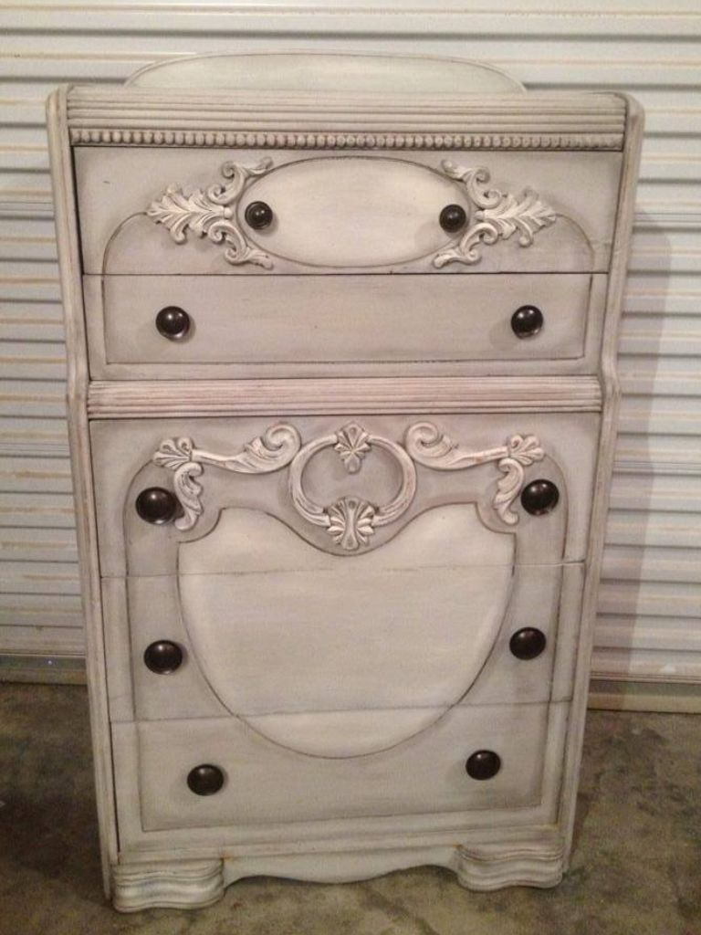 Chest I Painted With DIXIE BELLE Chalk Paint. Driftwood, Dry Brushed Drop  Cloth And Glazed. Love It!