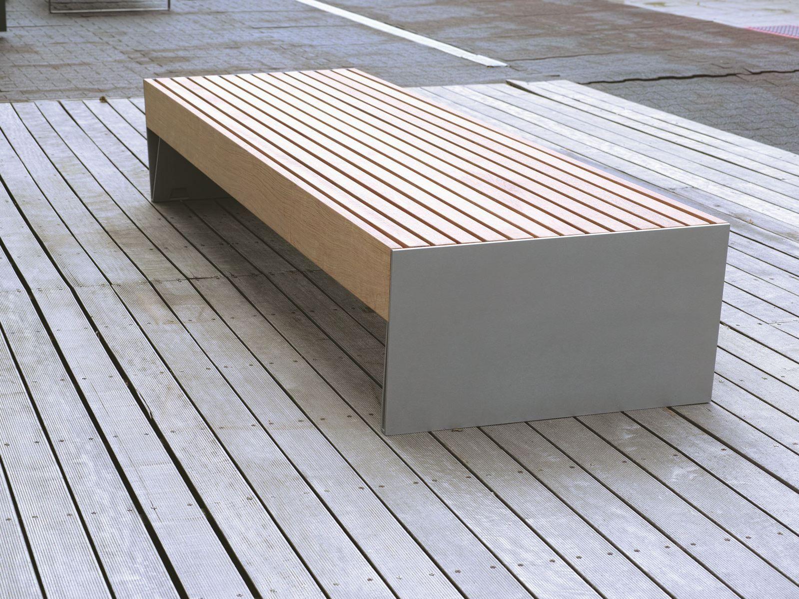 Bank ohne Rückenlehne BLOCQ by mmcité 1 | Design David Karásek ...