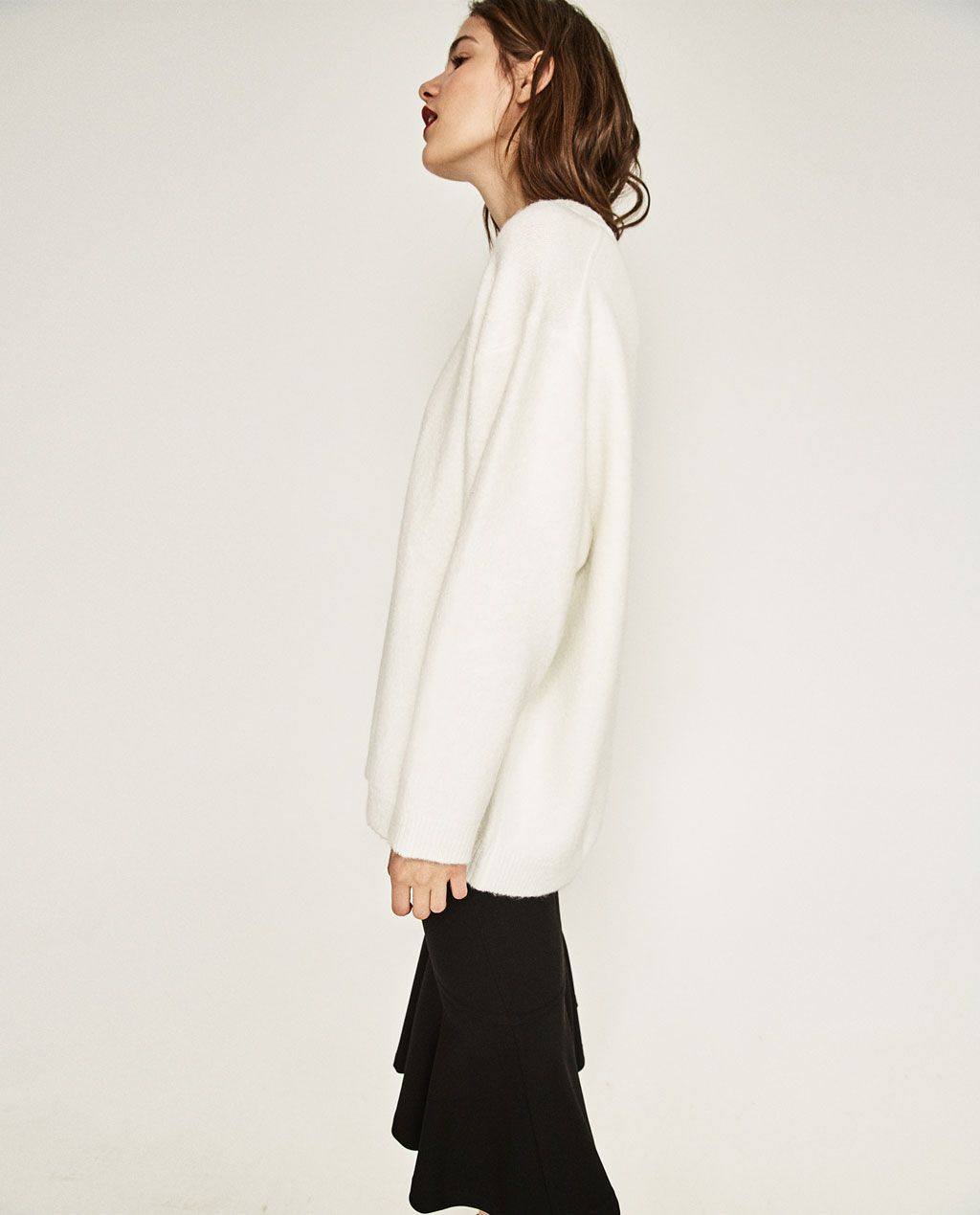 Image 2 of SOFT OVERSIZED SWEATER from Zara | w e a r m e ...