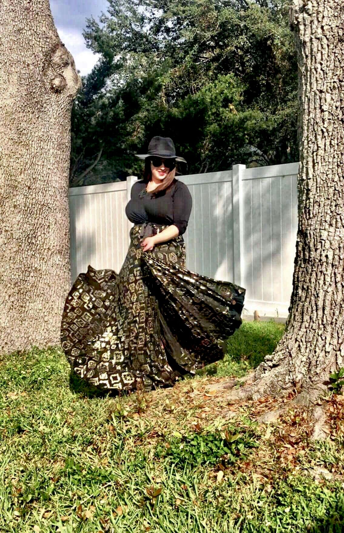 The elegant lularoe deanne is amazing come check out my sale