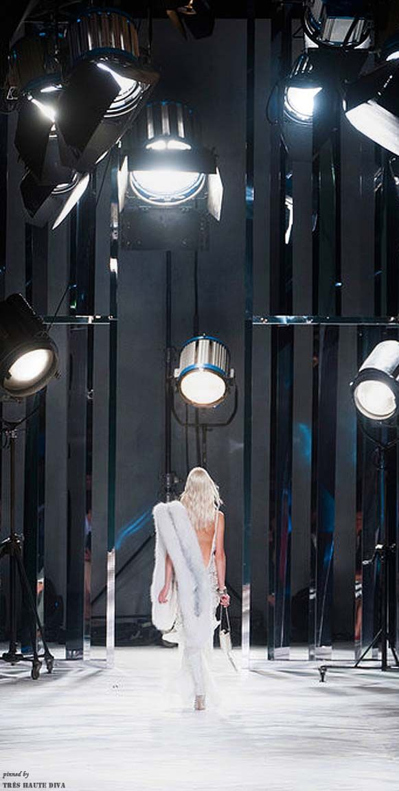 Roberto Cavalli S S 2014 Rtw Atmosphere For The Fashion Show Fashion Runway Show Fashion Show Runway Fashion
