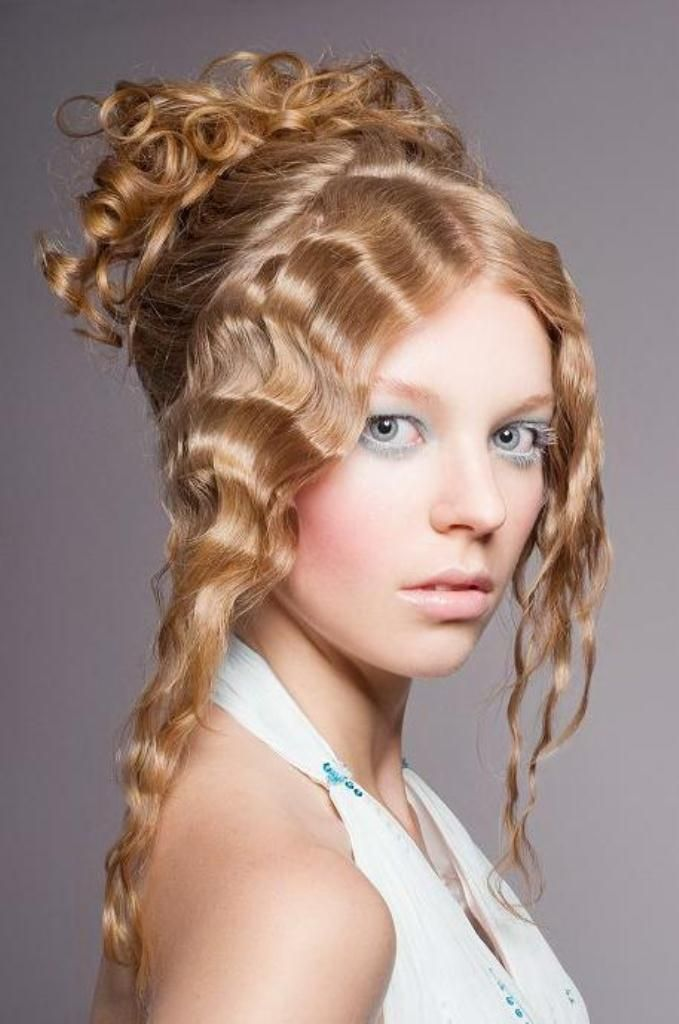 Modern Hairstyles for Curly Hair | Hairstyles For Curly Hair, Miss Bingley | Wedding hairstyles ...