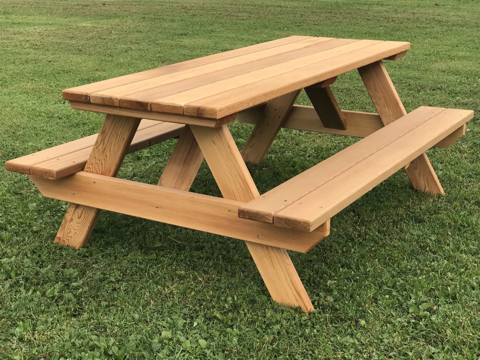 48 Kids Picnic Table Easy To Move Seats 6 Children 48 Long In 2020 Kids Picnic Table Kids Picnic Table Plans Picnic Table Plans