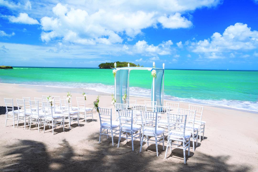 Venues For Caribbean Beach Weddings Our Top 10 Picks Caribbean Beach Wedding Destination Wedding Caribbean Destination Wedding Resort