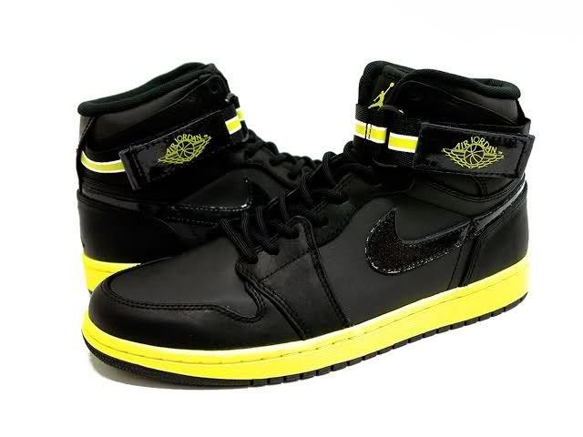 air‑jordan‑1‑high‑strap‑black‑yellow