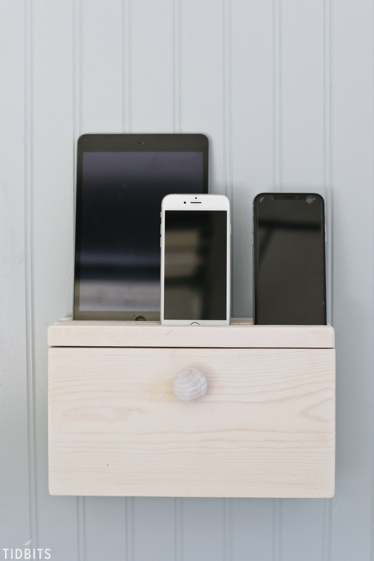 Diy Device Charging Station With Images Charging Station Wall Mounted Tv Easy Woodworking Projects