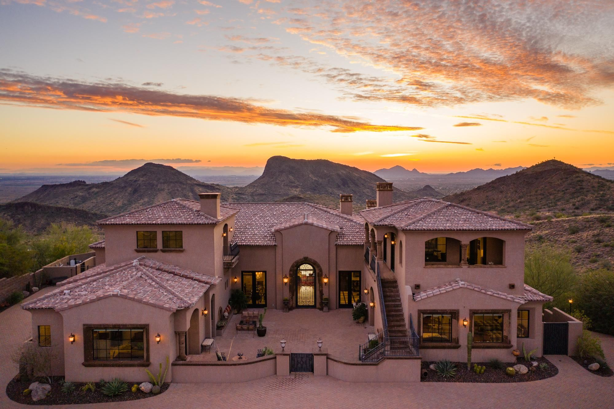 House With Views In Fountain Hills Az Oc Beautiful Homes