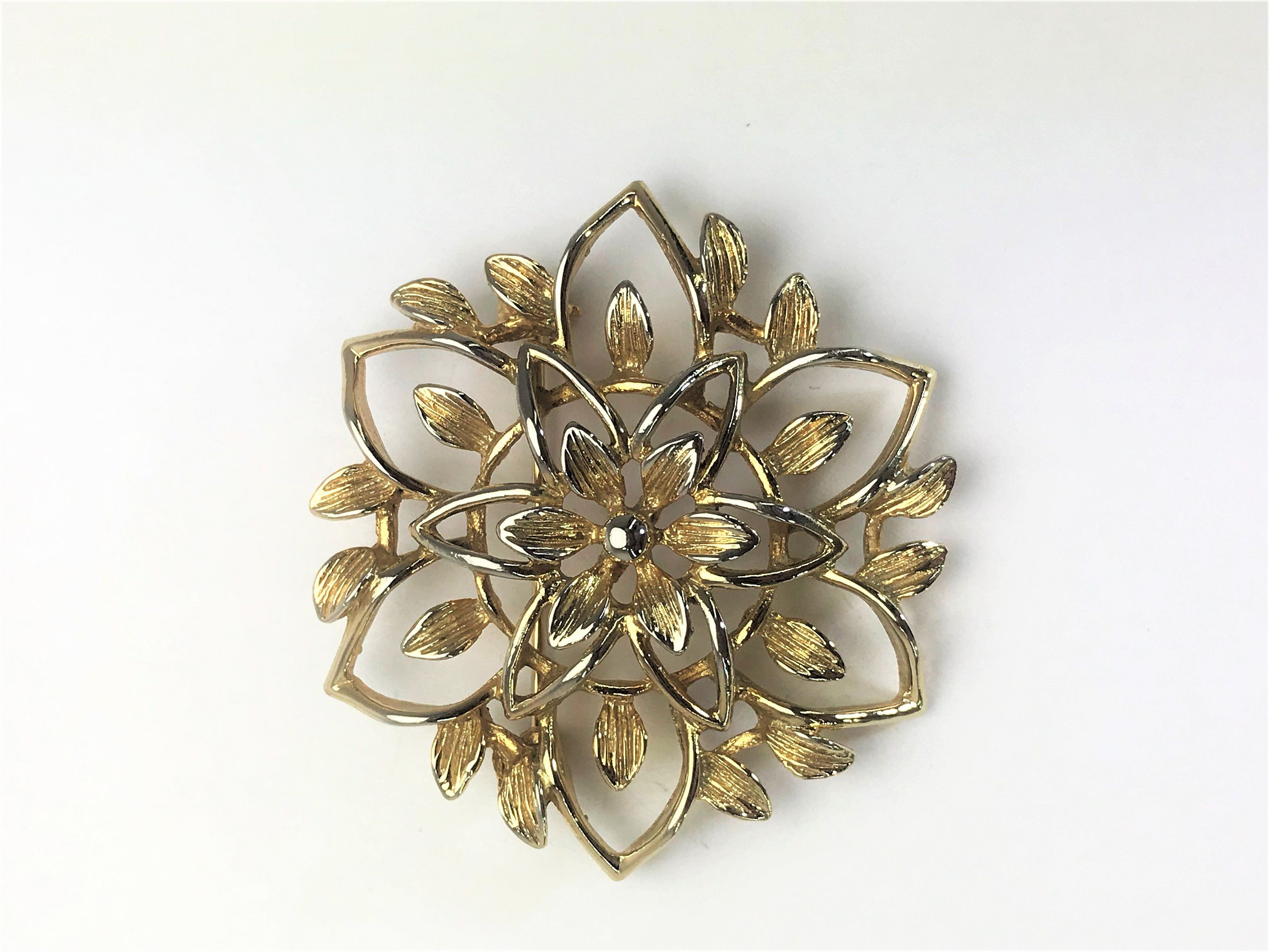 3ab33f8d0 Beautiful Vintage 1960's SARAH COVENTRY GB Signed Peta-Lure Goldtone Flower  Brooch by LoubooluJewellery on Etsy
