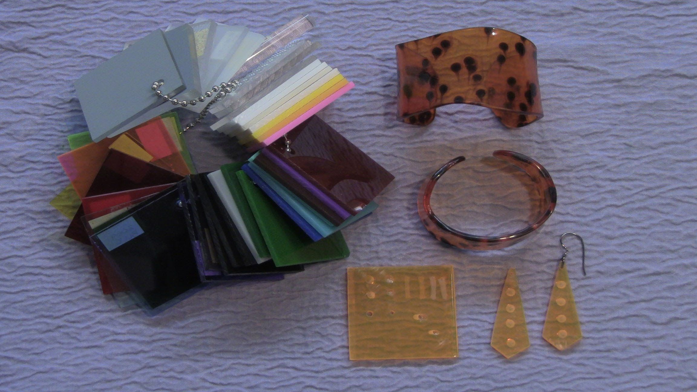 Thermoforming Plexiglass To Create Unique Jewelry Acrylic Jewellery Resin Design Plexiglass