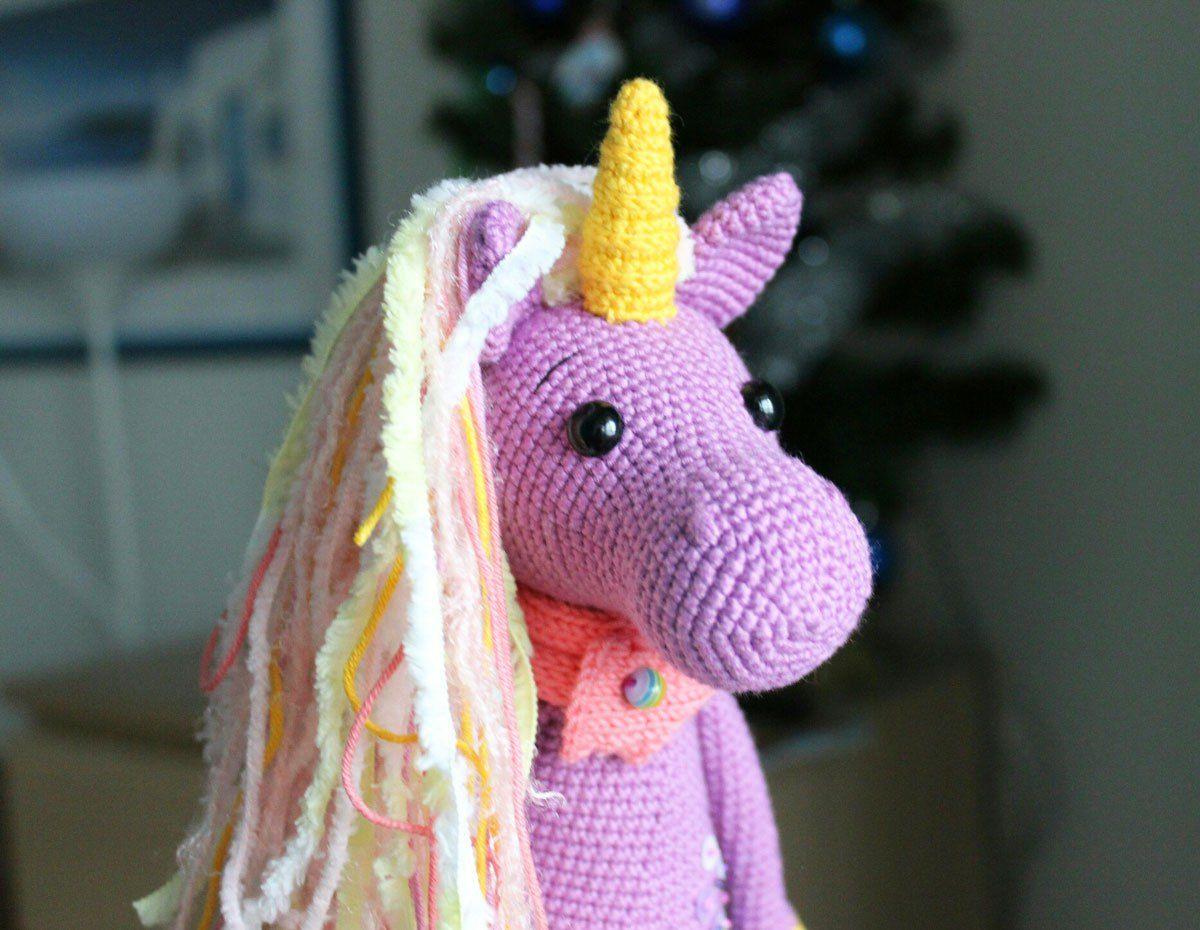 Free shy unicorn amigurumi pattern | Amigurumi | Pinterest ...