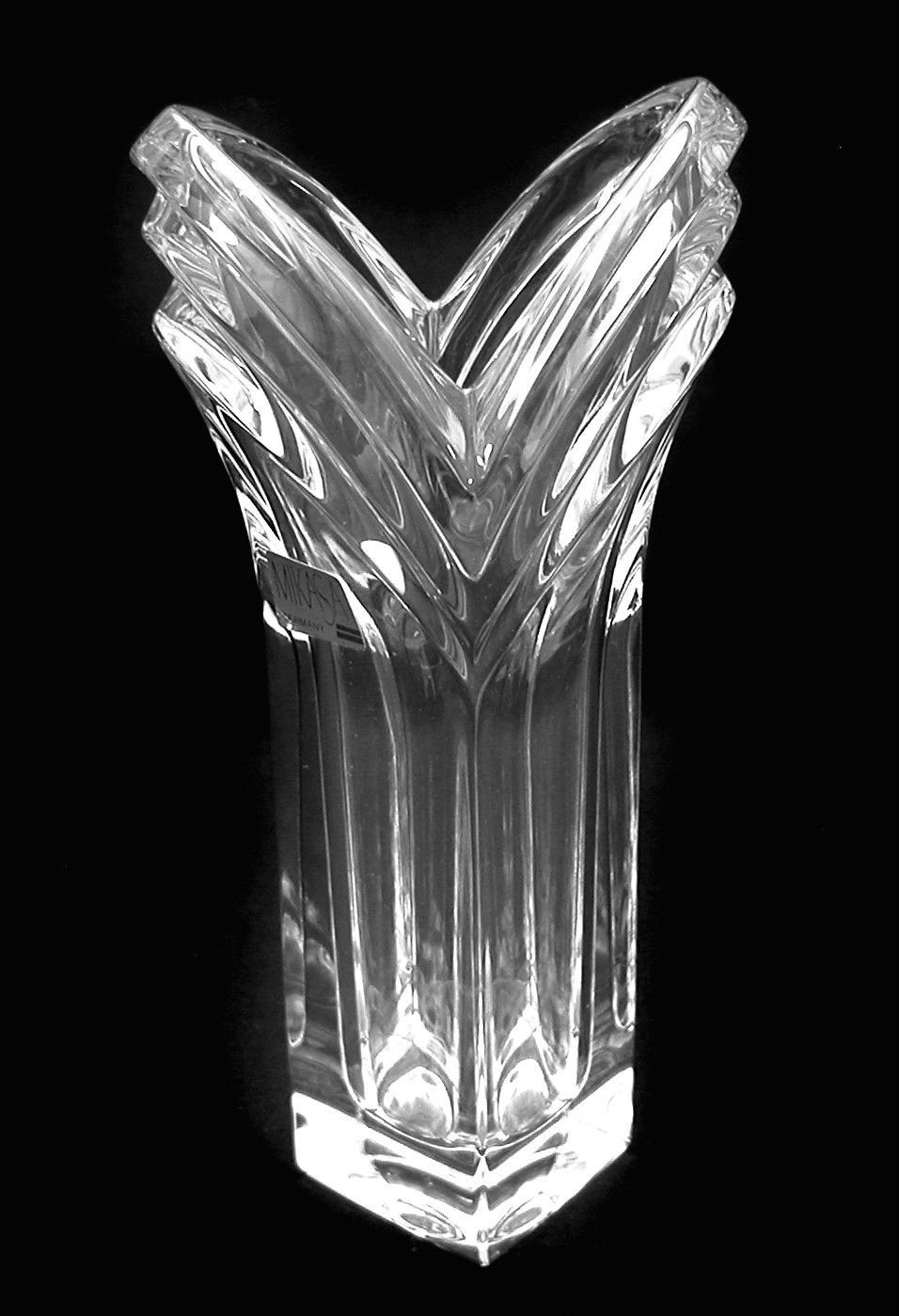 Mikasa art deco lead crystal flower bud vase v fluted new mikasa art deco lead crystal flower bud vase v fluted reviewsmspy